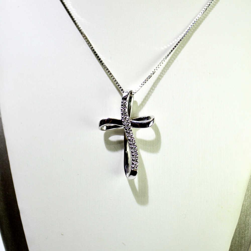 selezione migliore 651eb 69213 Girocollo oro bianco 18 kt con Croce e Diamanti