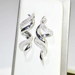 Orecchini  in oro bianco con diamanti 3