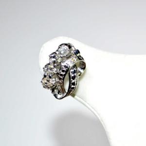 Orecchini oro bianco con diamanti